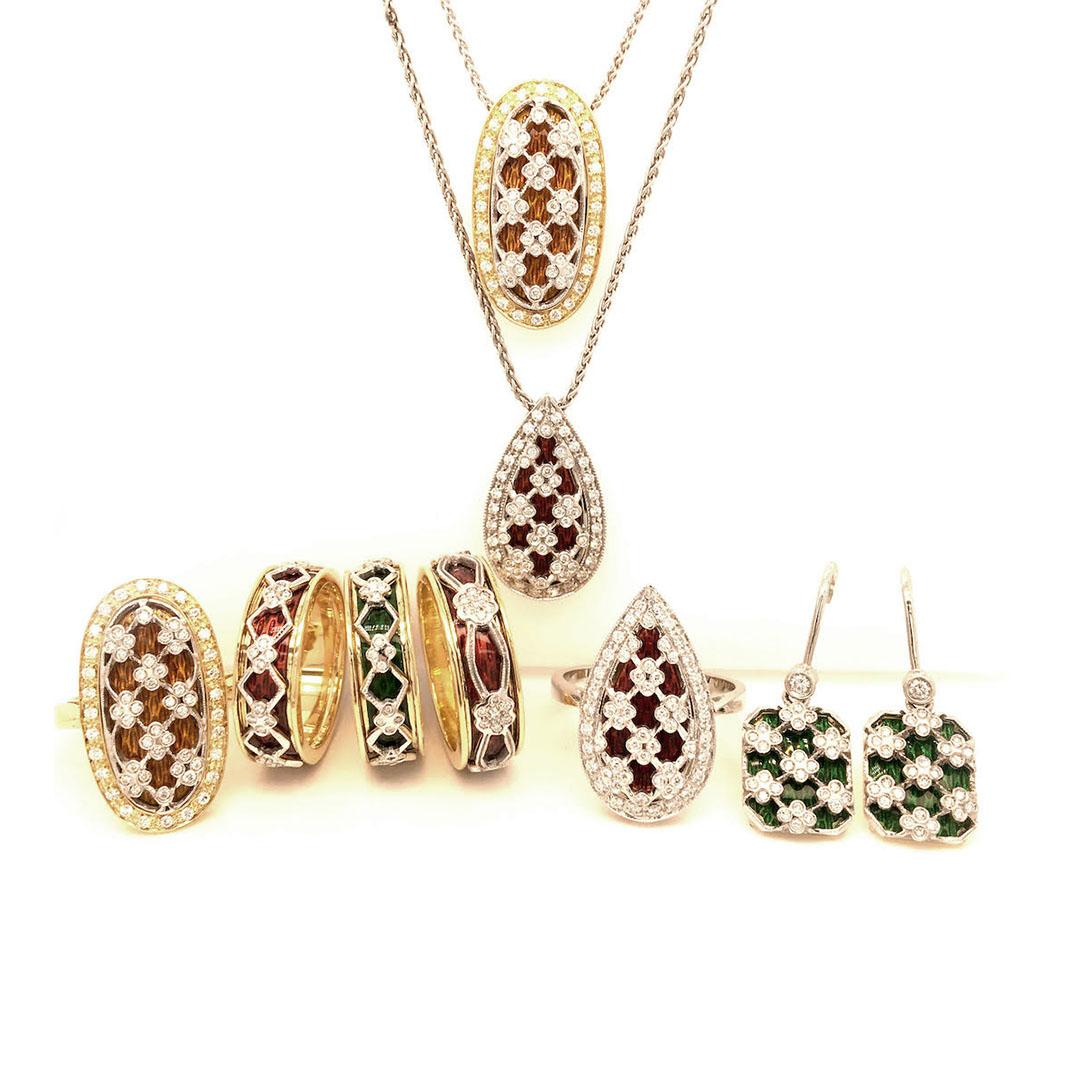 Retine parure - Ensamble di gioielli con smalti translucidi in oro 18kt e diamanti naturali taglio brillante