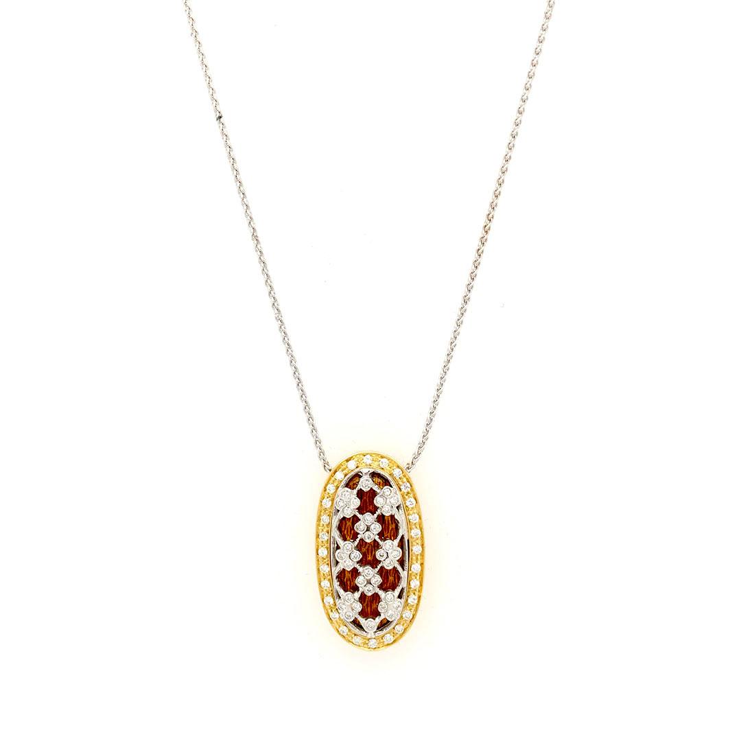 Collana in oro giallo e bianco 18kt g. 10,70 con smalti a fuoco translucidi e 62 diamanti naturali taglio brillante Colore H. vs 0,33 cts Lunghezza cm 42