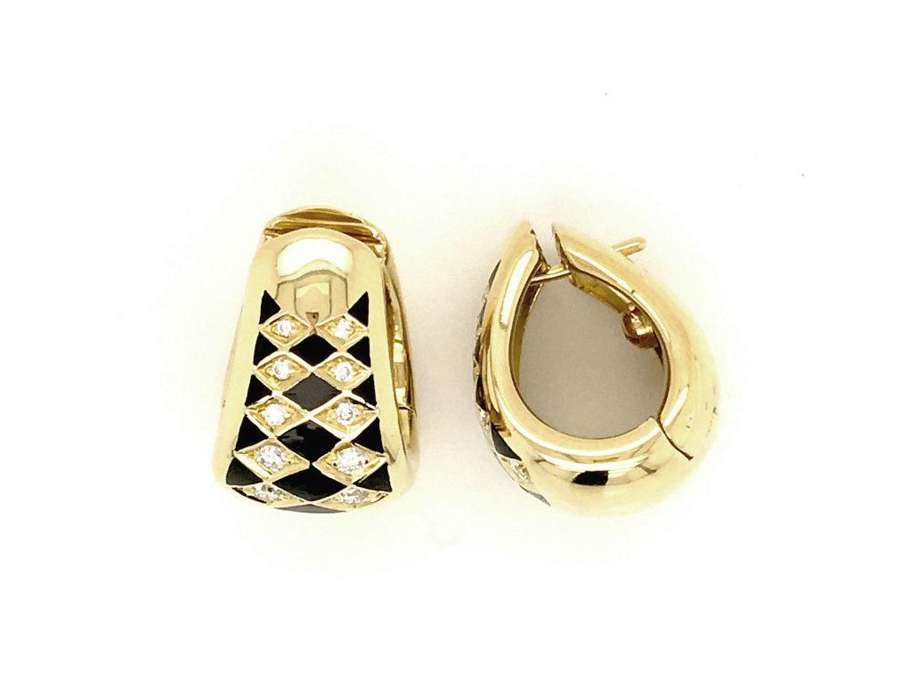 Orecchini in oro giallo 18kt g. 14,40 con smalti a fuoco e 20 diamanti naturali taglio brillante Colore H Vs 0,10 cts